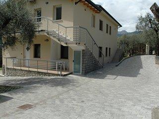 LA CORTE DI MAGU'- Front Lake Apartment Malcesine  Verde 8P