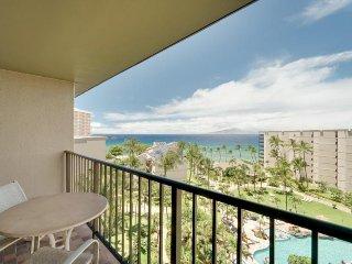 Paradise on the ninth floor w/ ocean views, lanai, resort pools & hot tub