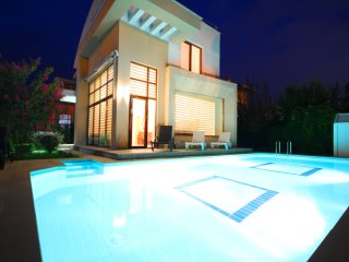 Paradise Town - Elite Villa