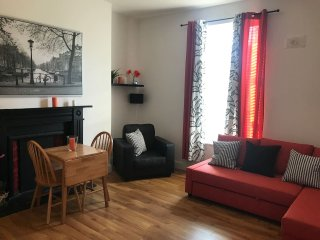 Vibrant Apartment in Dublin 1 (Apt 3 Charles St)