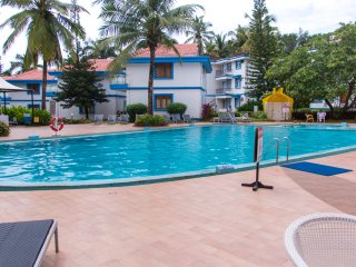 TripThrill Royal Palms 1 Bedroom Holiday Apartment - 3