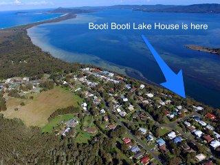Booti Booti Lake House