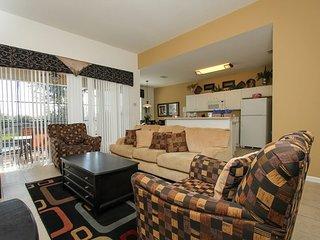2689ML. 5 Bedroom 5 Bath Pool Home in Windsor Hills That Sleeps 12