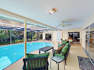 3BR w/ Private Pool in Quiet Residential Neighborhood – Near Downtown & Beach