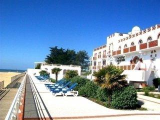 Appartement T2 vue mer, dans residence de vacances avec piscine