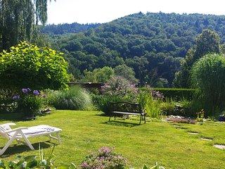 Ferienwohnung mit Charme, einmalige Aussicht ins Grüne