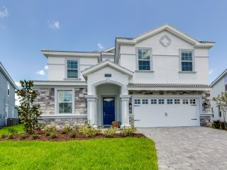 Brand New!! 8 bedroom 5 bath Champions Gate home from $263/nt