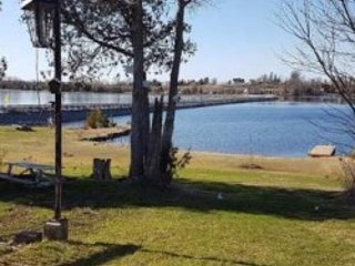 Lakefront Ctg, 5 BR,150 Feet Wide, Private Beach, Boats, 20 Sleeps, $249