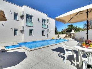 Apartments Villa Riccardo