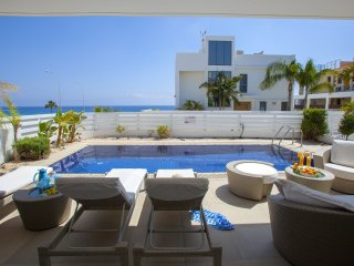 Cyprus Villa Sunrise Beach 100 Platinum