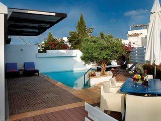Cyprus In The Sun Villa Nafsika 03 Gold