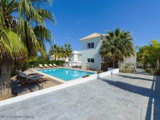 Cyprus In The Sun Villa Adelais 5 Gold
