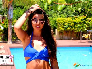 Cyprus In The Sun Celebrity Villa Laura Weekender 26 Gold