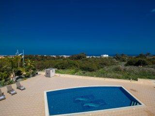 Cyprus Villa Geordie 7 Platinum