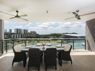 Darwin Waterfront Luxury Suites - 2 Bedroom with Views - Sleeps 5