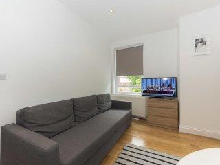 Grand Apartments - Fulham, Flat 3
