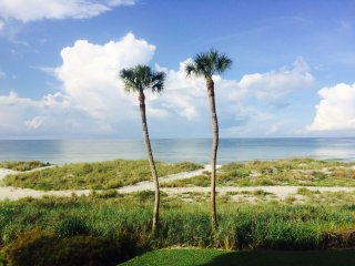 Steps to the Sand! Longboat Key 2 Bed 2 & 1/2 Bath Gulf Front Condo with Den.