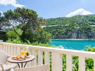 6 bedroom Villa in Obuljeno, Croatia - 5217879