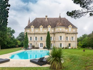 8 bedroom Chateau in Castelsagrat, Occitania, France : ref 5049686