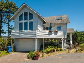 Explore Seal Rock from the Berry Nice Beach House, a 4 bedroom home w/ views!