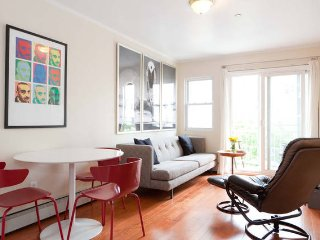 3 Bedrooms, 2 Full Bathrooms: Spacious Condo in Bushwick, Sleeps 6 Adults