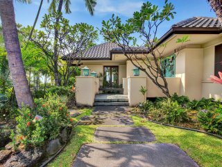 Spectacular Oceanfront Home in Kona Bay Estates #23 steps to Keiki Beach-PHKBE23