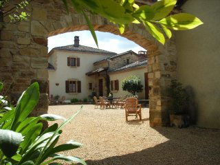 France holiday rentals in Nouvelle-Aquitaine, Nanthiat