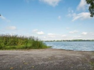 Kawartha Lakes, Janetville, Lake Access, 50 Min T.O, 4 BR, 13-15 Sleeps, $249
