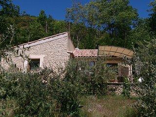 Le Jas - Superbe gîte indépendant dans propriété provençale