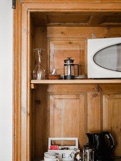 Microwave and coffee/tea tray