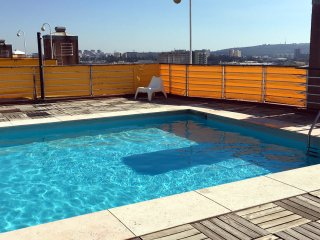 Lisbon Luxe Spacious Flat (AC+Pool+Garage)
