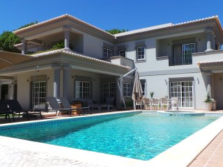 Exceptional Charming Villa in  Algarve, Portugal. 5 minutes walk to the beach
