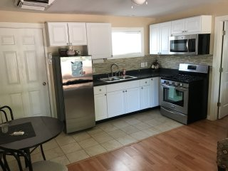 Parkside Rentals Moab, UT  Full Kitchen, Private Backyard, Pets Welcome Sleeps 4