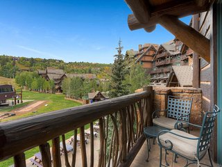 Ultra-Lux Ritz Carlton Ski in/out Private Residence in Bachelor Gulch Village