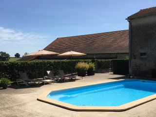 Chateau Les Bardons + Maison with private Pool