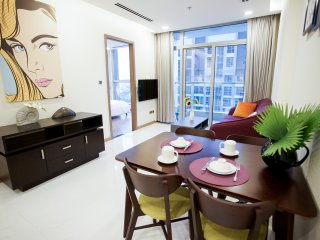 Free AIRPORT PICK-UP! Spacious & Central Apartment 2BRs