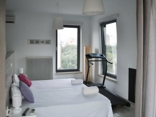 Modern & comfy 2BD flat near Chania and Sea
