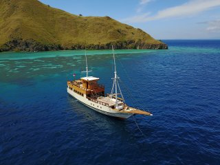 Kelana Boat - Private Cruise in Komodo National Park