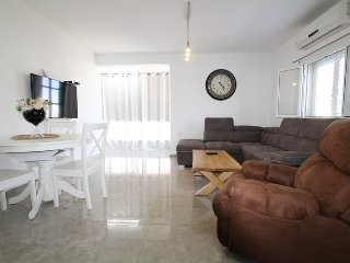 Cozy 2-bedroom apartment Khana Szenes 29