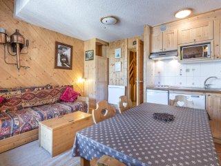 Apartment Segal