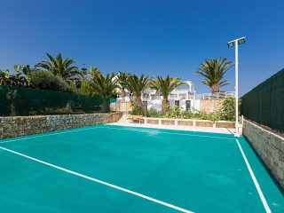 Villa Gerani Hill, Exclusive Accommodation