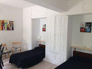 En suite studio in a charming villa No2