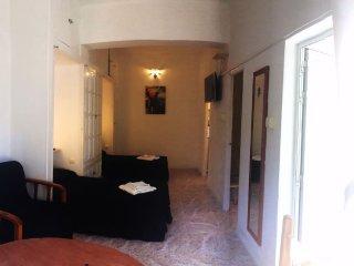 En suite studio in a charming villa No1