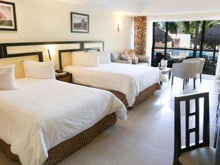 Junior Suite Hotel Apartment at Sandos Playacar