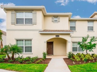 Champions Gate - 5 Bedroom Townhouse