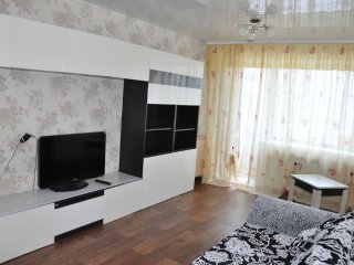 Apartment at Elizarovs 45 at railway station