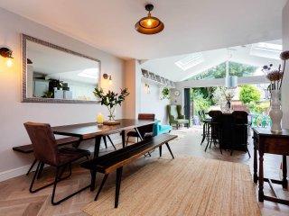 Veeve - Stylish House