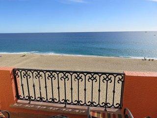 *RARE* OCEANFRONT 1 BDRM MASTER SUITE - Playa Grande Resort