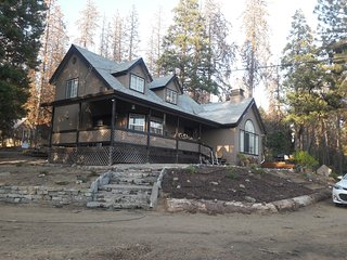 Special Fall Deal! $150 night! Relaxing mountain home 20 Min to Shaver Lake