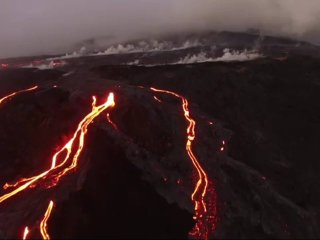 Close up view of the Live Lava!